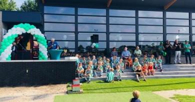 """""""De Spil"""" nieuw clubgebouw Tynaarlo"""